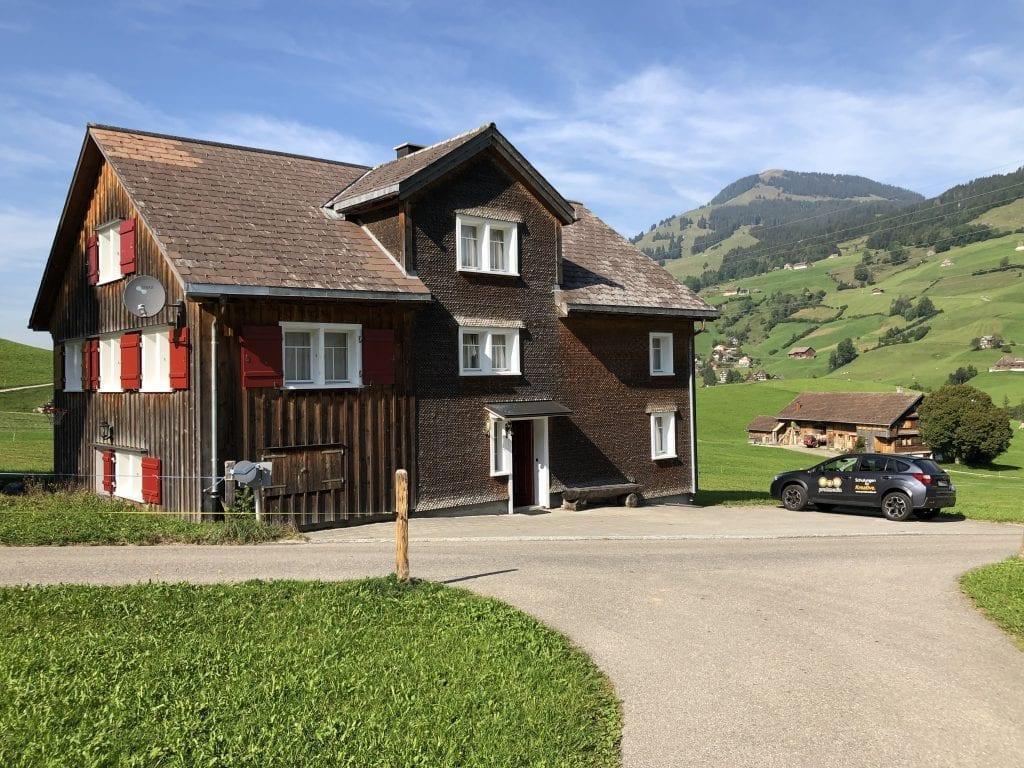 freieFarbe e.V. Mitgliederversammlung 2019: Unsere Unterkunft in den schweizer Bergen